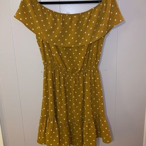 Charlotte Russe Off the shoulder Yellow dress